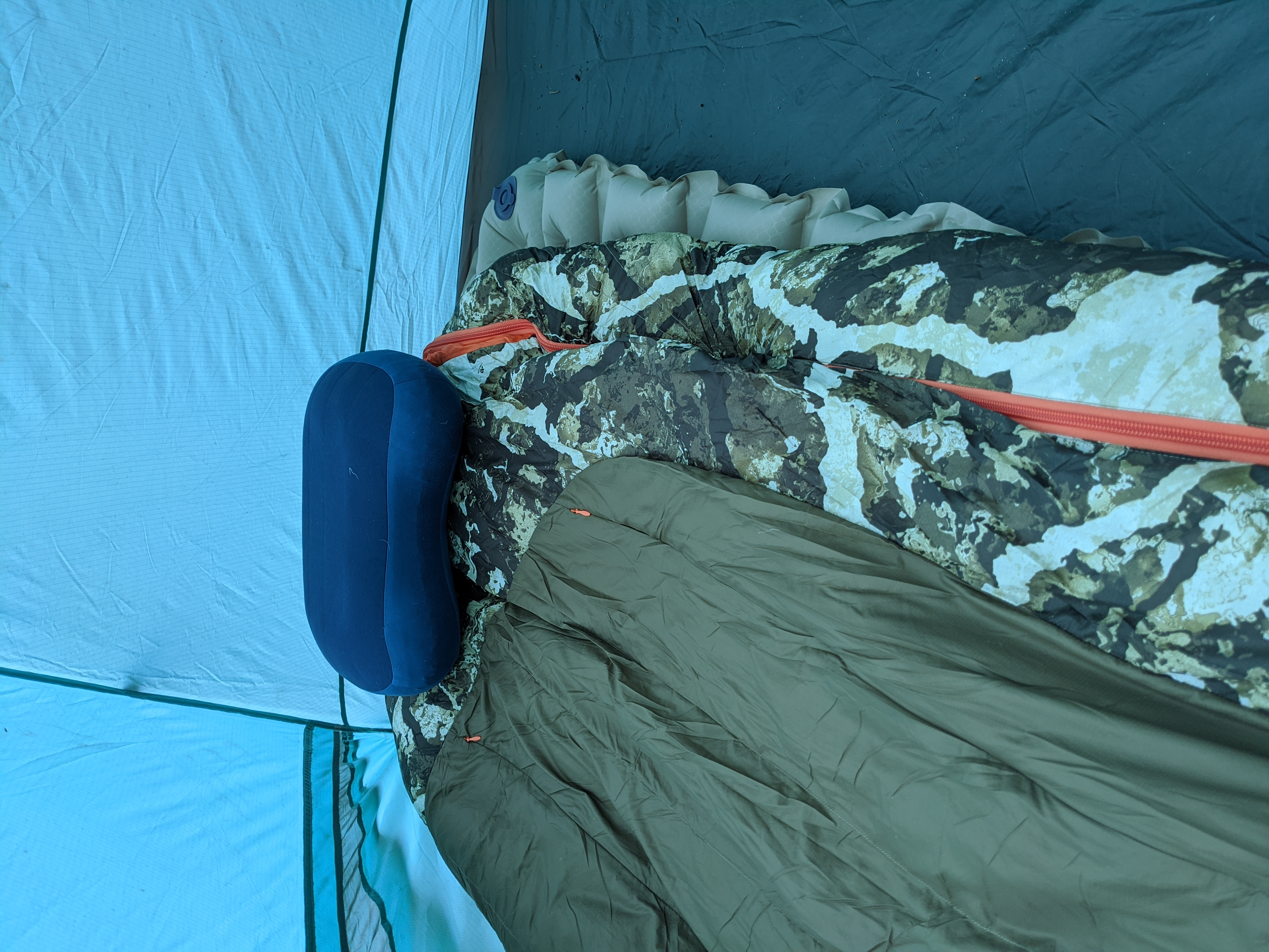The Klymit Static Insulated V Luxe SL with a Nemo x Firstlite Stalker 0 and a Sea to Summit pillow.